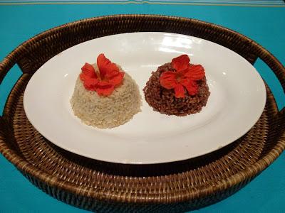 Arroz integral e Arroz vermelho com flores comestíveis